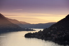 Lago al tramonto Royalty Free Stock Images