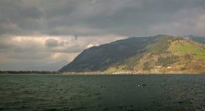 Lago in alpi austriache Immagine Stock Libera da Diritti