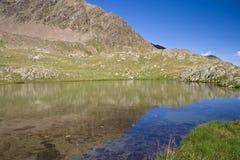Lago alpino immagine stock libera da diritti