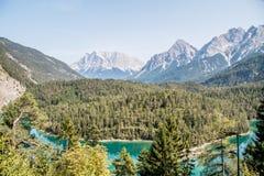 Lago alpino in alpi tedesche Fotografie Stock