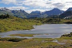 Lago alpino (lago Buse) Imagen de archivo