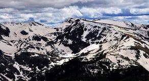 Lago alpino nella sosta nazionale della montagna rocciosa Fotografie Stock Libere da Diritti