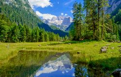 Lago alpino Vorderer Gosausee Imagem de Stock