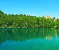Lago Alpsee a Hohenschwangau vicino a Monaco di Baviera in Baviera Fotografie Stock Libere da Diritti