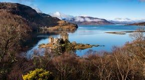 Lago Alsh y Eilean Donan Castle Imágenes de archivo libres de regalías
