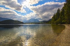 Lago Altaussee in autunno in anticipo, Austria Immagine Stock