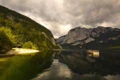 Lago Altaussee in autunno in anticipo, Austria Fotografia Stock