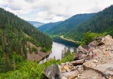 Lago Amut mountain nel territorio del Khabarovsk Fotografia Stock