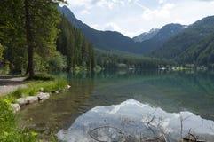 Lago Anterselva na mola atrasada Imagem de Stock Royalty Free