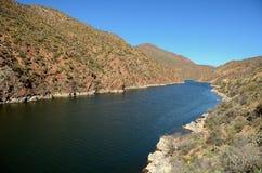 Lago apache no Arizona foto de stock