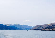 Lago Ashi, Hakone, Giappone immagine stock
