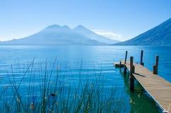 Lago Atitlan Guatemala - embarcadero Imagen de archivo libre de regalías