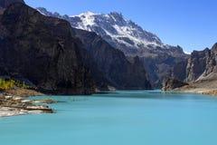 Lago Attabad en Paquistán septentrional imagen de archivo