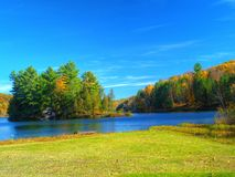 Lago autumn Imagem de Stock Royalty Free