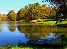 Lago autumn Imágenes de archivo libres de regalías