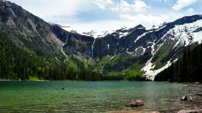 Lago avalanche. Parque nacional de geleira foto de stock