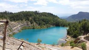 Lago azul Fotografía de archivo libre de regalías