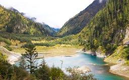 Lago azul en Jiuzhaigou Fotos de archivo