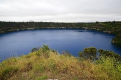 Lago azul en sur de Australia Imágenes de archivo libres de regalías