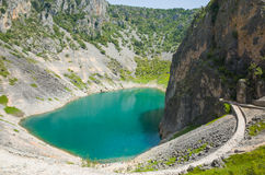 Lago azul Imotski Croacia Imagenes de archivo