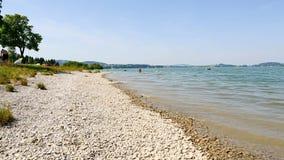 Lago bávaro Forggensee no verão video estoque