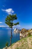 Lago Baikal Console de Olkhon cabo Burkhan Fotos de Stock