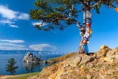 Lago Baikal Isla de Olkhon cabo Burkhan foto de archivo libre de regalías