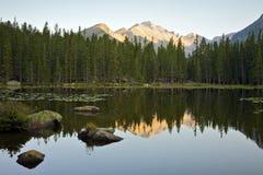 Lago bear ad alba fotografie stock