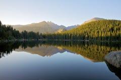 Lago bear no nascer do sol Imagens de Stock Royalty Free