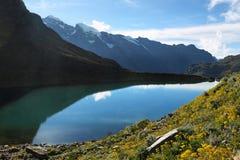 Lago Belaunde dal passaggio di Punta Olimpica, Perù Fotografia Stock