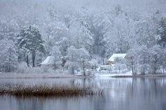 Lago Bijote, parque regional de Kurtuvenai fotos de stock