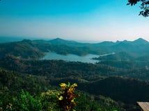Lago blu fotografie stock libere da diritti