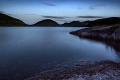 Lago blu hour Fotografie Stock Libere da Diritti