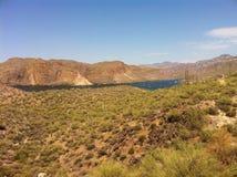 Lago blue del paesaggio della montagna Fotografie Stock