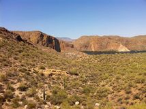 Lago blue del paisaje de la montaña Fotos de archivo libres de regalías