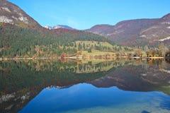 Lago Bohinj em Slovenia Fotos de Stock Royalty Free