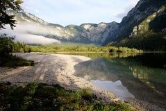 Lago Bohinj em Slovenia Imagem de Stock