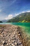 Lago bonito da montanha em Switzerland imagem de stock