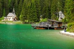 Lago Braies Fotos de archivo libres de regalías
