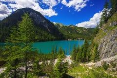 Lago Braies en Italia Imagen de archivo