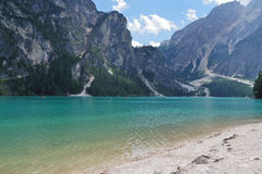 Lago Braies nelle dolomia di estate Fotografia Stock Libera da Diritti