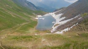Lago Branchino un lago naturale alpino durante la stagione primaverile Alpi di Orobie Alpi italiane lombardy Fotografia Stock Libera da Diritti