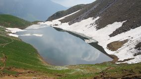 Lago Branchino un lago naturale alpino durante la stagione primaverile Alpi di Orobie Alpi italiane lombardy L'Italia Fotografia Stock Libera da Diritti