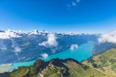 Lago Brienzer e le alpi Fotografia Stock