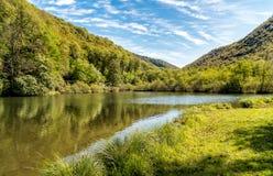 Lago Brinzio in valey Rasa, provincia di Varese, Italia Fotografie Stock Libere da Diritti