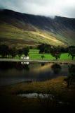 Lago Buttermere en otoño Fotografía de archivo libre de regalías