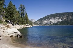 lago cênico da montanha, lago Edison imagem de stock royalty free
