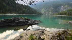 Lago cênico Blindsee Caiaque em Rocky Lake vídeos de arquivo