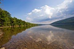 Lago Canadice Fotos de archivo libres de regalías