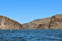 Lago canyon, la contea di Maricopa, Arizona, Stati Uniti Immagine Stock